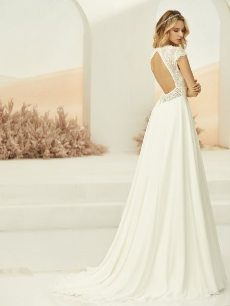Hochzeitskleid Perla (elfenbeinfarben)