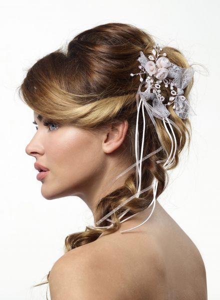 Haarschmuck mit Kristallen und Stoffblümchen