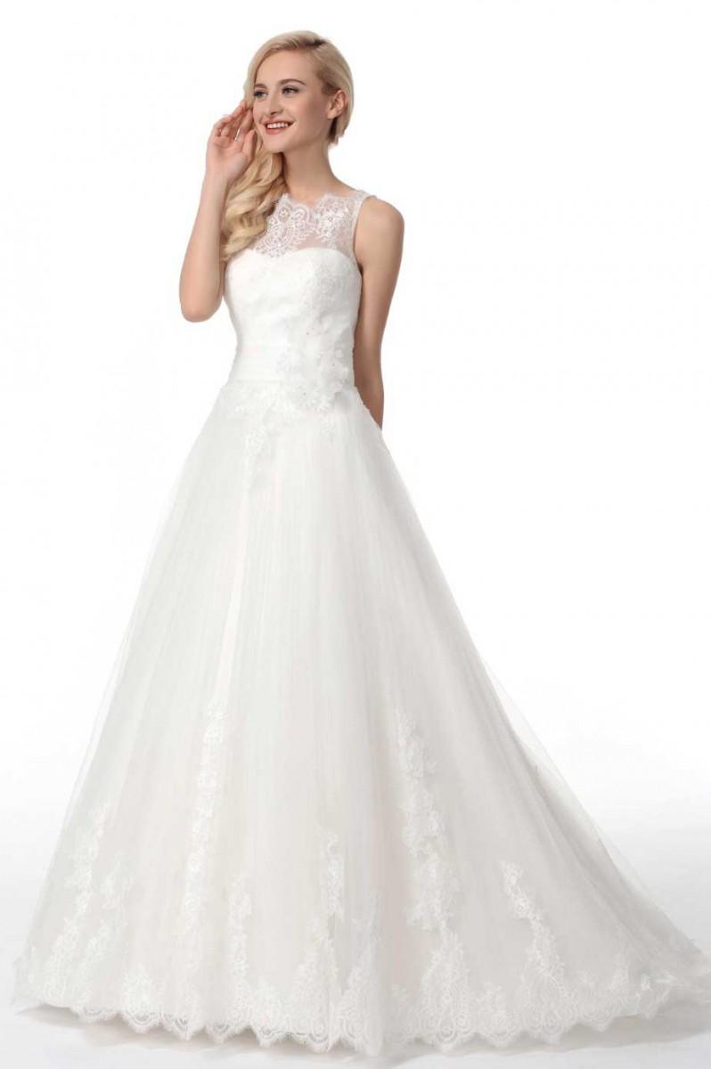 Geschlossenes Hochzeitskleid aus Spitze und Tüll | Samyra Fashion ...