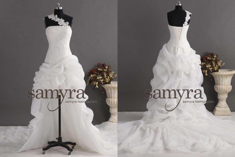 Hochzeitskleid vorne kurz und hinten lang | Samyra Fashion ...